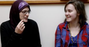 Anna Maidi and Aubrey Seader are interviewed by the Indiana Daily Student for a story about their Muslims of Bloomington project. (TAE-GYUN KIM / INDIANA DAILY STUDENT)
